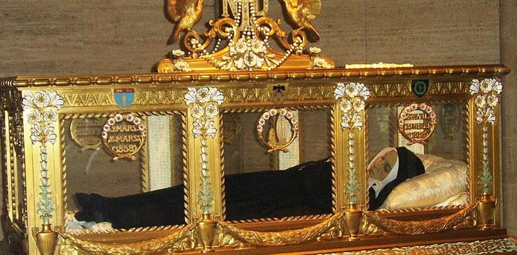 Znak życia wiecznego. Od 150 lat ciało św. Bernadetty Soubirous jak żywe - zdjęcie