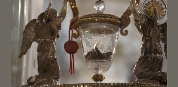 Cud eucharystyczny w Lanciano. Ciało i krew Chrystusa zbadane przez naukowców  - zdjęcie