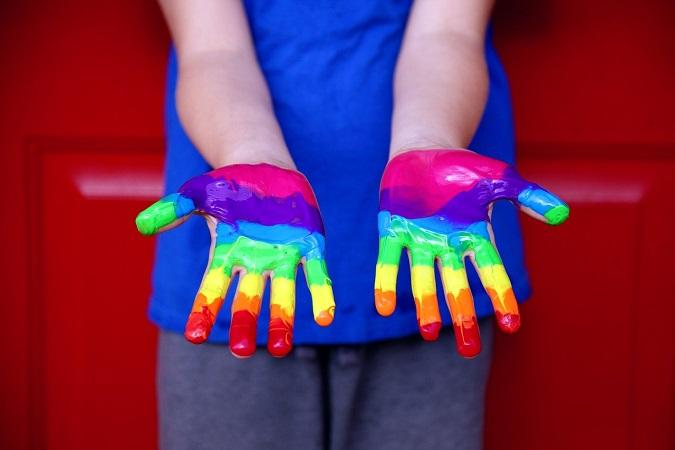 Eksperci: Operacje zmiany płci szkodzą dzieciom  - miniaturka