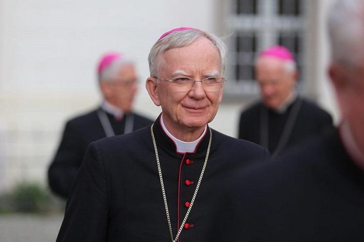 Abp Jędraszewski zastąpi abp. Głódzia w Komisji Wspólnej Rządu i Episkopatu - miniaturka