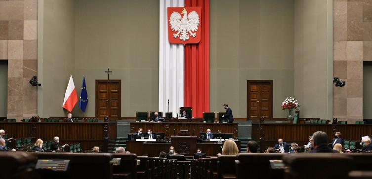 Sejm przesuwa posiedzenie przez koronawirusa. Co ze Zgromadzeniem Narodowym?  - miniaturka