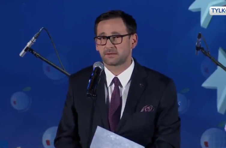 J. Kaczyński o prezesie Orlenu: Jest człowiekiem sukcesu i misji - miniaturka