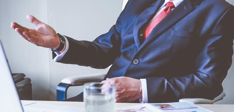 USA: Biali menadżerowie musieli wyznawać swoje 'grzechy'. Wszystko za pieniądze podatników - miniaturka