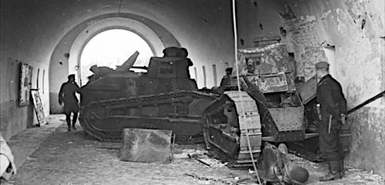 TYLKO U NAS! Westerplatte nad Bugiem. Polacy i Białorusini przeciw czerwonej zarazie - miniaturka
