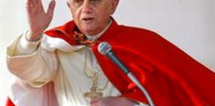 Wielka Sobota w Watykanie - Papież ochrzci 8 dorosłych osób - zdjęcie
