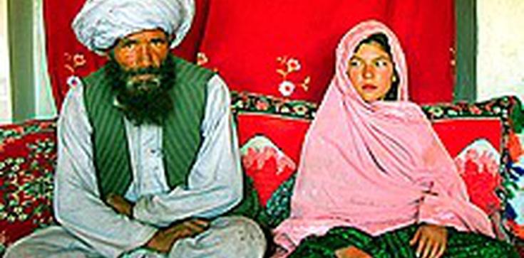 """Śluby z dziećmi to nie żadna """"kultura"""" czy """"zwyczaj"""" tylko prawo islamu - zdjęcie"""