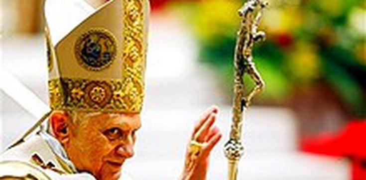 Z papiestwa się nie rezygnuje, bo nie można zejść z krzyża - zdjęcie